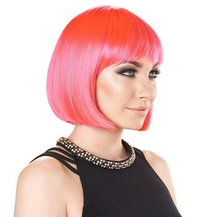 bright pink wig